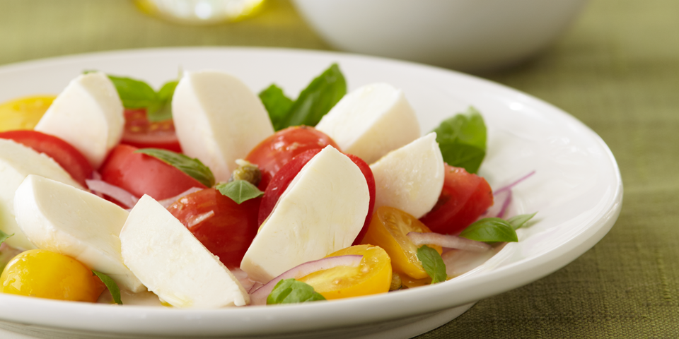 Large Image of Caprini Salad with Fresh Mozarella